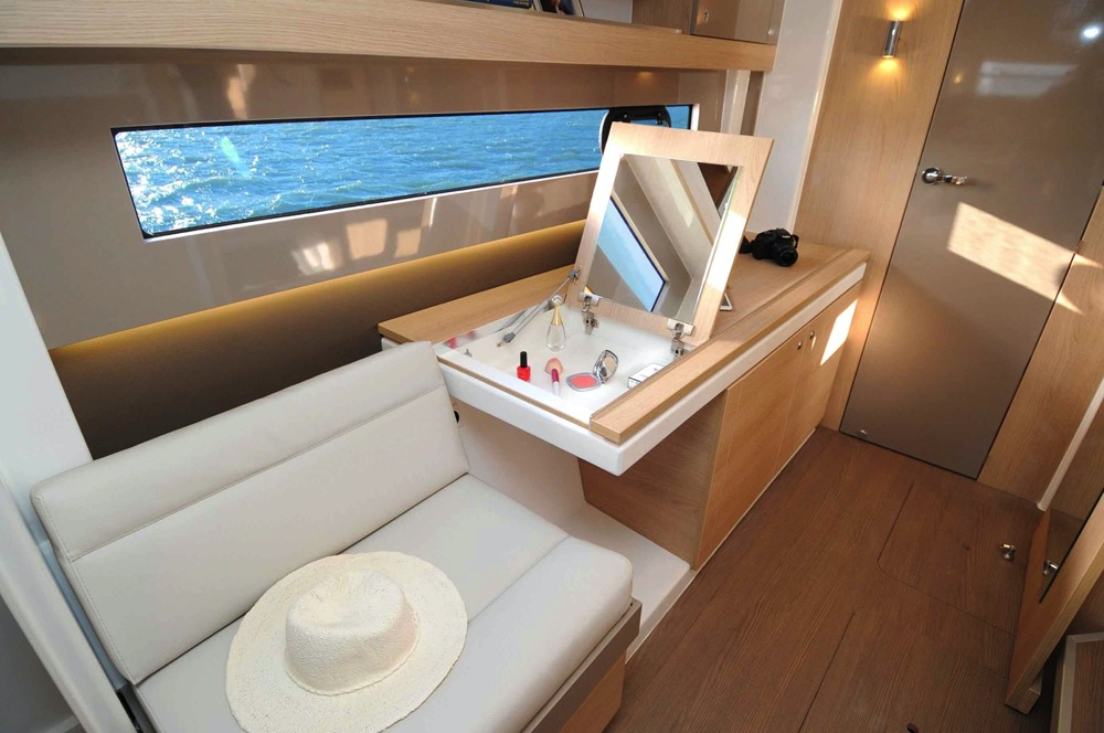 BALI4.1 Coursive 3, medusayachting.com
